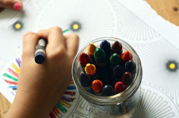 kid creating art